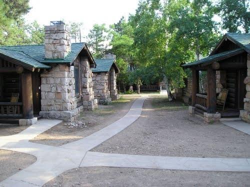 Adirondack Park » Hütten und kleine Häuser im und am Caern